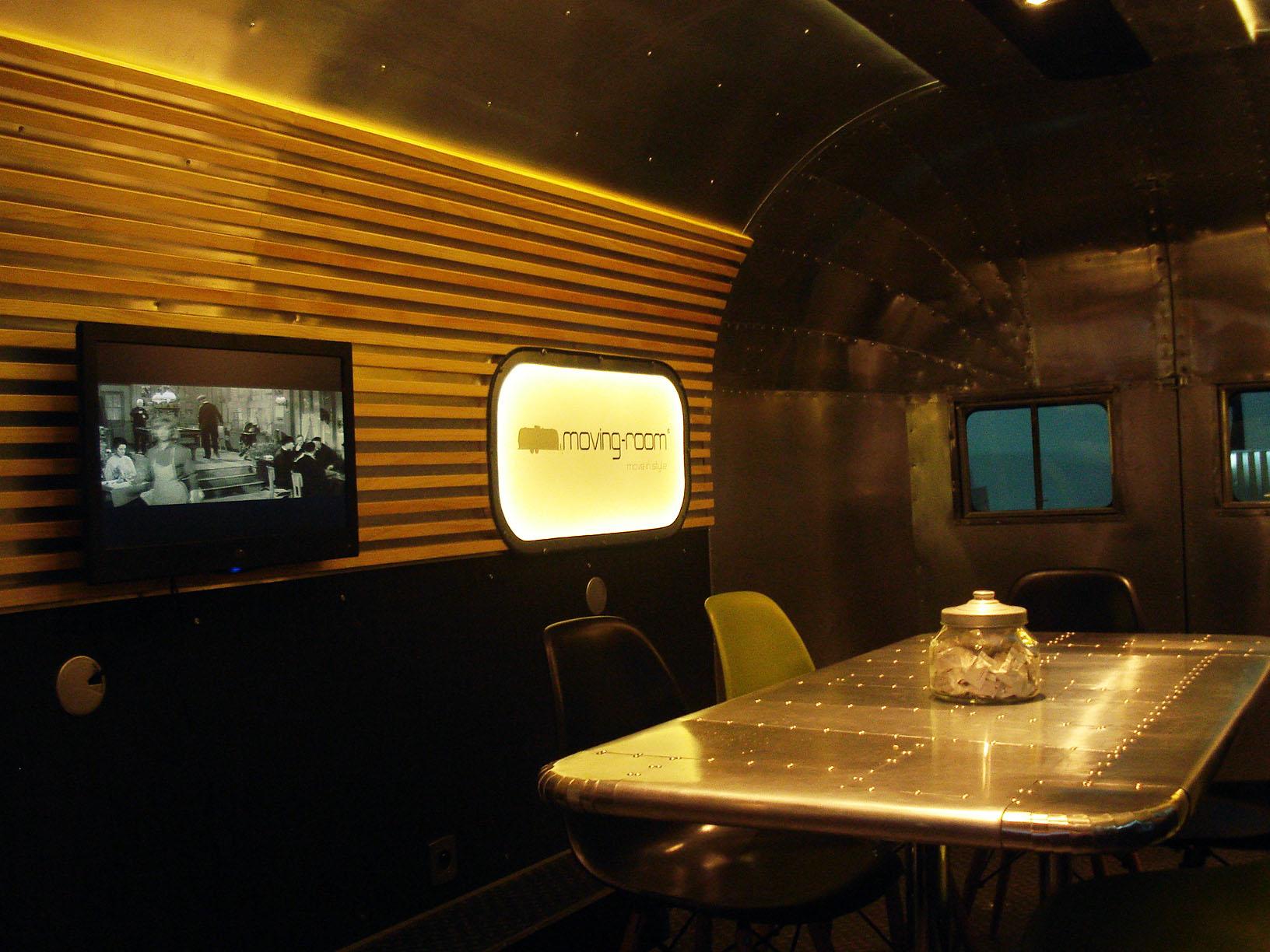 caravane airstream intérieur